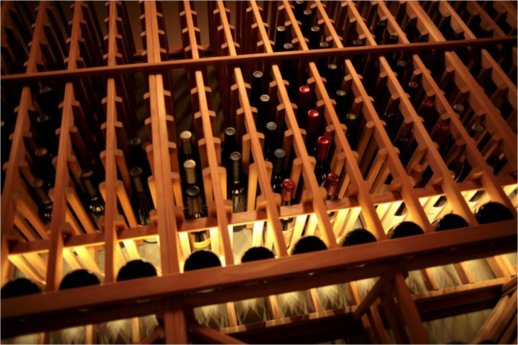Building a beautiful canada home wine cellar using cost for Cost to build wine cellar